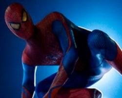 Костюм человека-паука — некоторых из них ничуть не меньше