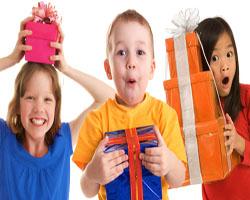 Правильно выбираем подарки для ребенка