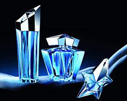 Модные осенние ароматы женских парфюмов