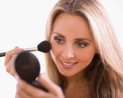 Как нужно пользоваться косметикой?