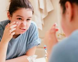 Intrinsic-Acne-Treatment