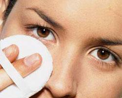Причины возникновения мешков под глазами