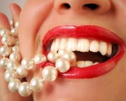 Красивые зубы — успех в личной жизни