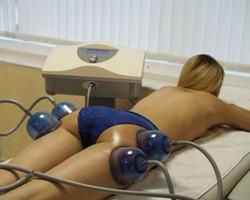 Антицеллюлитные обертывания и массаж