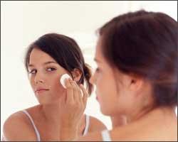 Как ухаживать за кожей лица при высыпаниях?