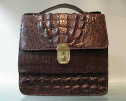 Кожаные сумки ручной работы: основные преимущества