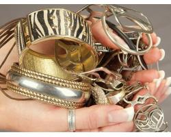 Массивные серебряные украшения: куда и с чем носить