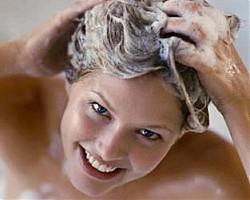 Как правильно мыть жирные волосы