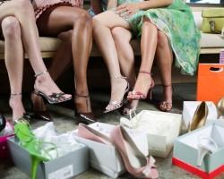Идем за покупками в обувные магазины