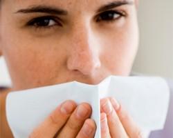 Как защитить кожу рук и губ осенью