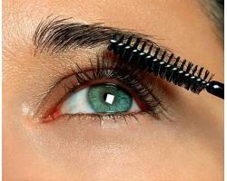 Вред и польза водостойкой косметики