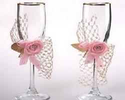 Как выбрать бокалы для свадебного стола?