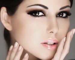 Праздничный макияж для Нового года