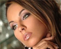 Правила макияжа для смуглой кожи