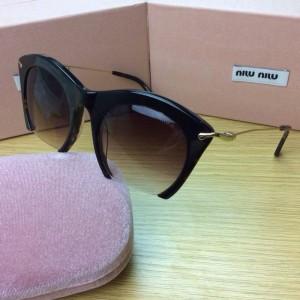 Новинка 2015 года — солнцезащитные очки miu miu!