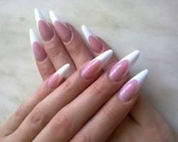 Гелевое и акриловое наращивание ногтей