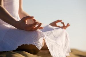 Йога Айенгара. В чем польза и сила тренировок?