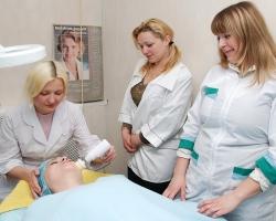 Варианты неинвазивных процедур для подтяжки лица